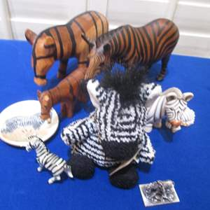 Lot # 98 - More Sculpted Zebras to Love!!!