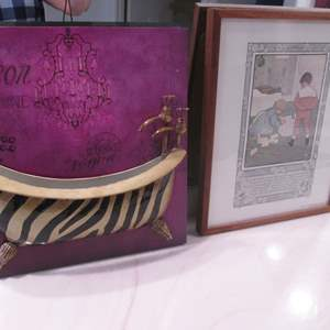 Lot # 151 - Framed Bath-Themed Wall Pictures