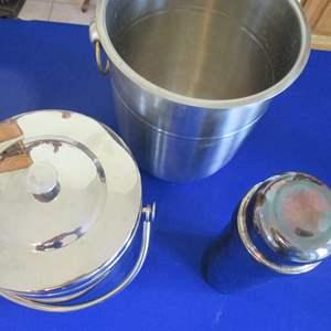 Lot # 283 - Bar Ware; Ice Buckets & Shaker