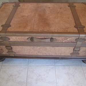 Lot # 303 - Trunk-Style Coffee Table, Bun Feet, Inside Storage