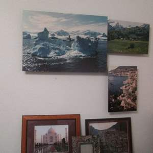 Lot # 34 - Wall-Mount Travel Pictures + Picture Frame (6-Pieces)