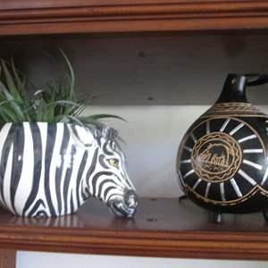 Lot # 229 - Zebra Planter Pot & Jug