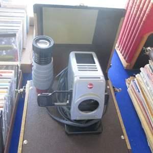 Lot # 246 - Vintage Barnett & Jaffe Slide Projector