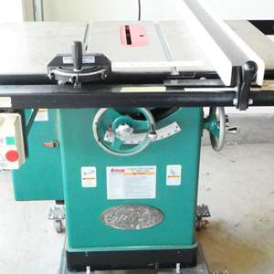 """Lot # 200- Grizzly table saw (32""""x 40"""")Immaculate condition! G1023 MSRP  Professional grade, value over )1500.00"""