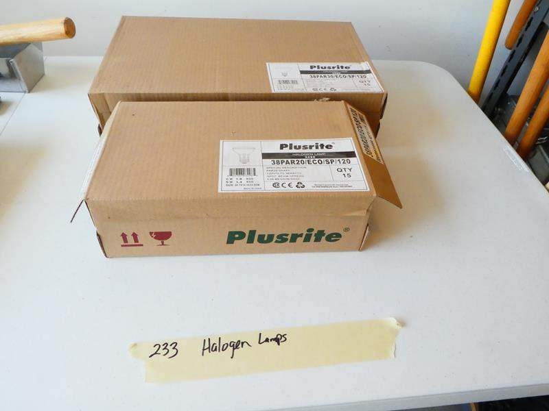 Lot # 233- 2 brand new boxes of halogen light bulbs (main image)