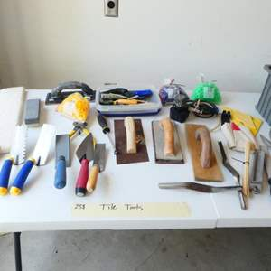 """Lot # 238- Tiling tools to make you a """"Tile Master""""!"""