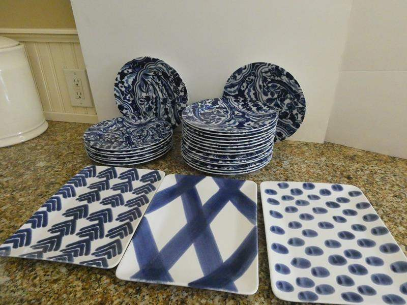 Lot # 19- Fun modern blue and white print plates with matching rectangle serving plates (main image)