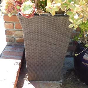 Lot # 372- 4 Planters! See all pics! Blue ceramic succulents, wicker with succulents, pig planter