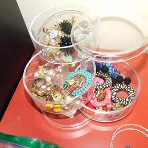Lot # 383-Lots and lots of nice costume jewelry!
