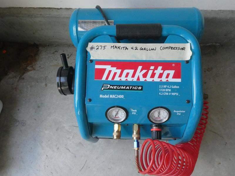 Lot # 275-Makita tanked air compressor. (main image)