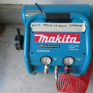 Lot # 275-Makita tanked air compressor.
