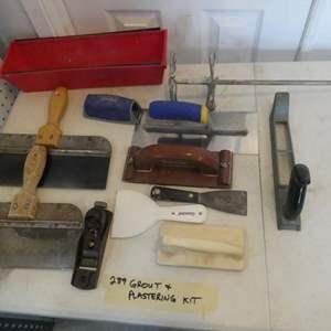 Lot # 289- Mudding kit.