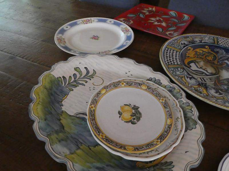 Lot # 78- Miscellaneous serving platters. (main image)