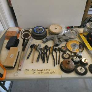 Lot # 300-Misc. awesome garage items you don't have yet! and you need!