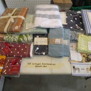 Lot # 310-Kitchen table clothes, hand towel ++ All  brand new
