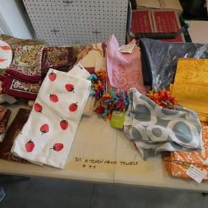 Lot # 311- More kitchen hand towel, cloth napkins ++ Huge box!