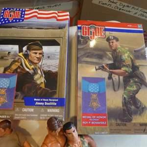 Lot # 335-  G I Joe and Army men