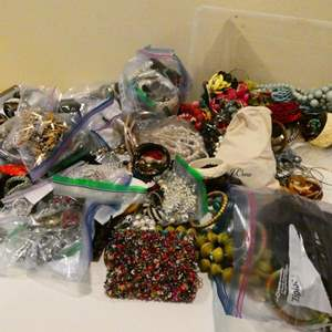 Lot # 107- Women's costume jewelry! Nice pieces! everything you will ever need!