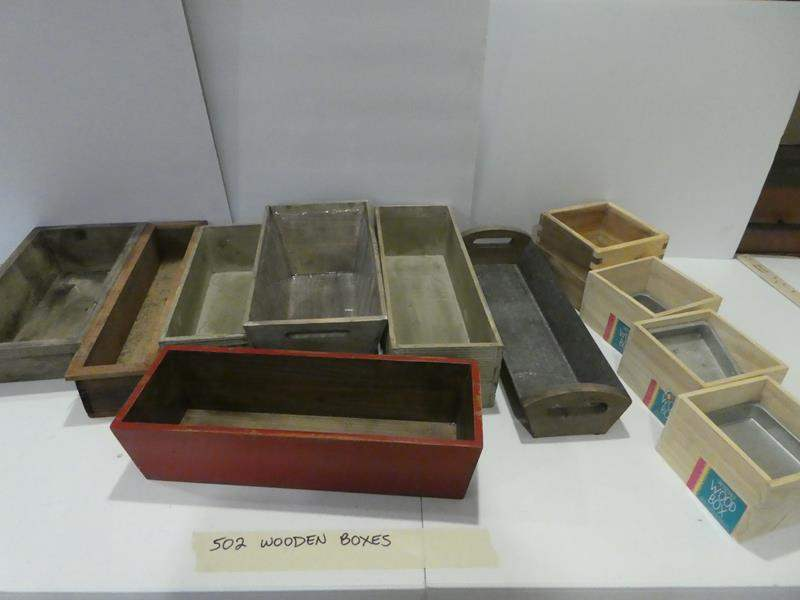 Lot # 502 Wooden boxes! Assorted, cute decorations (main image)