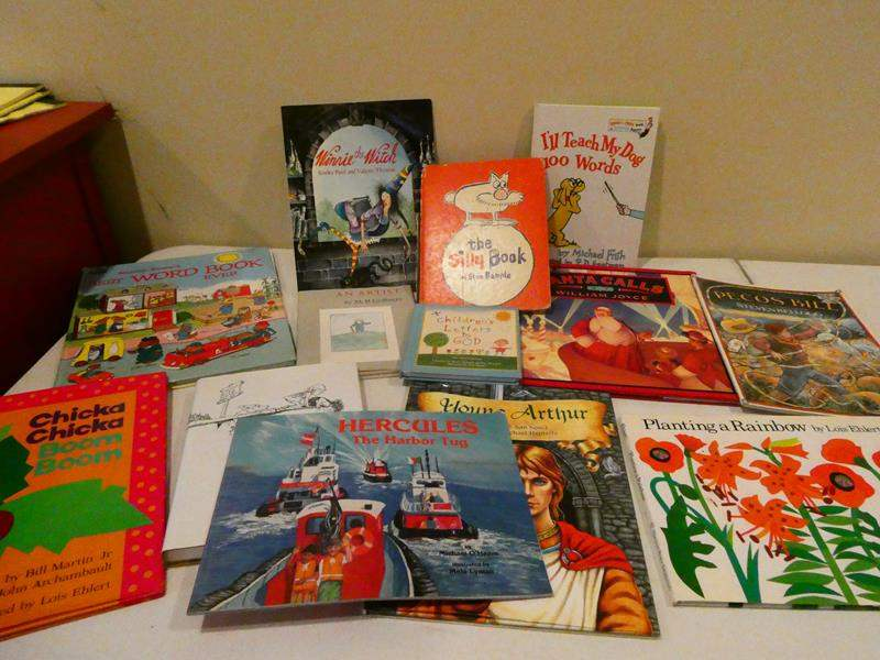 Lot # 111- Assorted classic children's collection of books (main image)