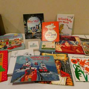 Lot # 111- Assorted classic children's collection of books