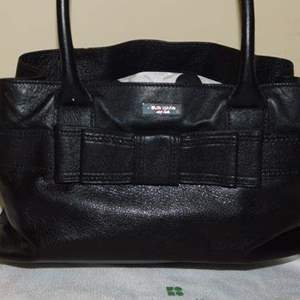 Lot # 407-Gently used Kate Spade black Leather hand bag