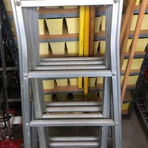 Lot # 527- 16 ft adjustable ladder