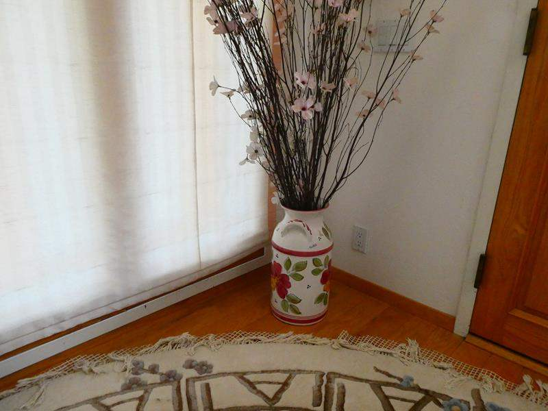 Lot # 1- Montesa, Rose colored Large flower vase (main image)