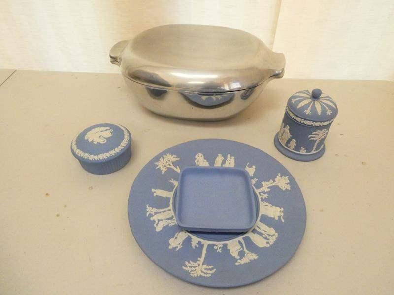 Lot # 8-Vintage blue china, made in England. Weddgwood (main image)