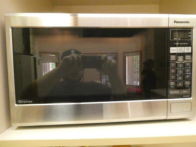 Lot # 43- Panasonic microwave, and Mr. coffee.  (main image)
