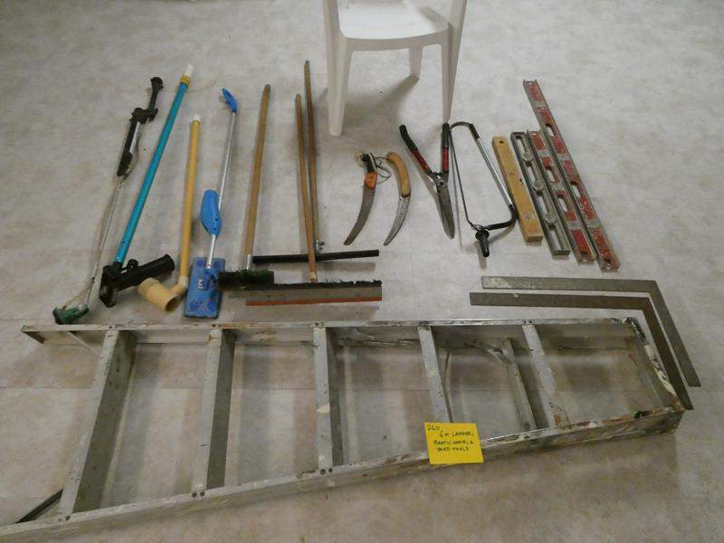 Lot # 260-6' ladder, plastic chair and yard tools (main image)