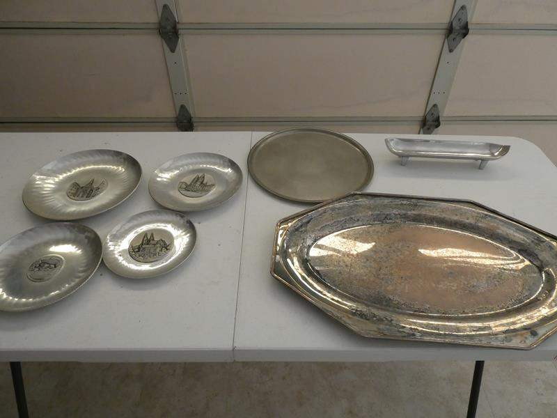 Lot # 263-Swiss wall plates metal collection (main image)