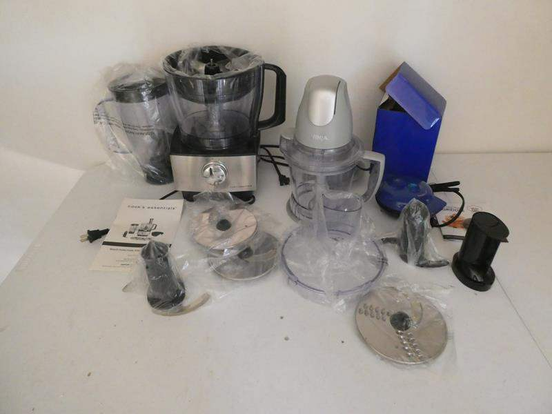 Lot # 123- COOL Kitchen appliances! Ninja, Cook's essentials, Yes chef griddle. (main image)