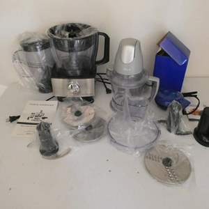 Lot # 123- COOL Kitchen appliances! Ninja, Cook's essentials, Yes chef griddle.