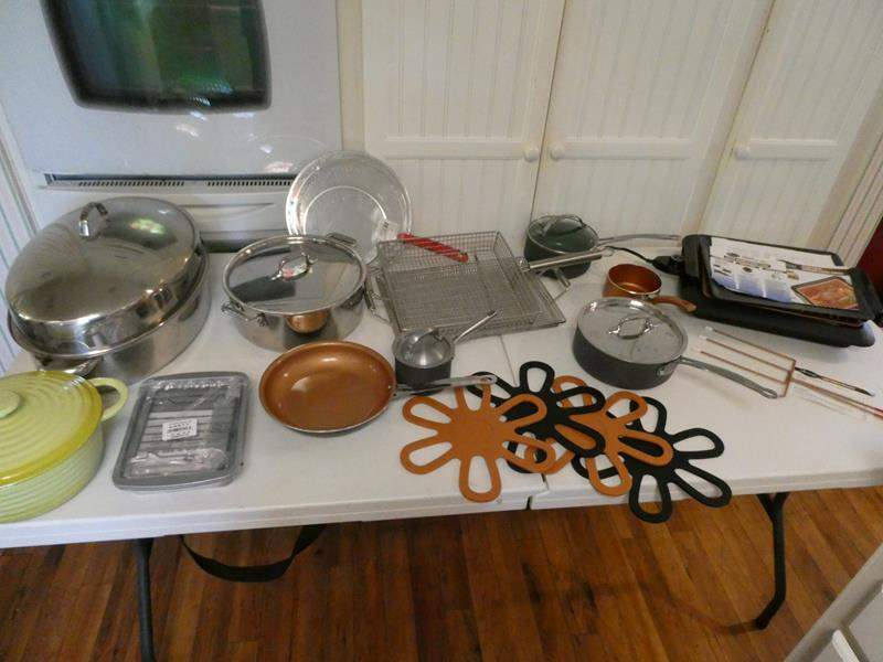 Lot # 26-Lets get cooking! Everything your kitchen needs! Electric smokeless grill, skillets,pans, hot pads (main image)