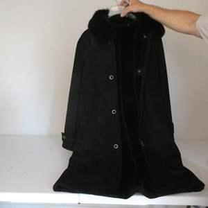 Lot # 135- Women's coat, Dana Buchman, size L