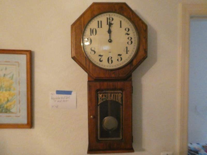 Lot # 150-Regulator wall clock & wall art (main image)