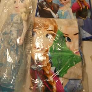Lot # 152-Disney's Frozen Beach towel & Tote plus bonus vintage doll.