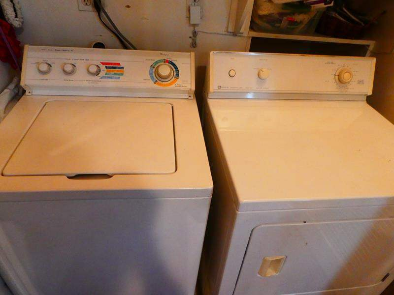 Lot # 50- Washer and dryer (working) (main image)
