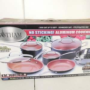 Lot # 228-Gotham steel no stick aluminum cookware 10 piece set