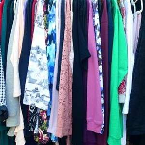 Lot # 164-Clothing rack and content