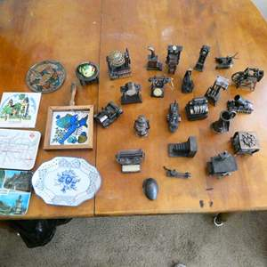 Auction Thumbnail for: Lot # 115-Vintage collection of pencil sharpeners with various souvenirs
