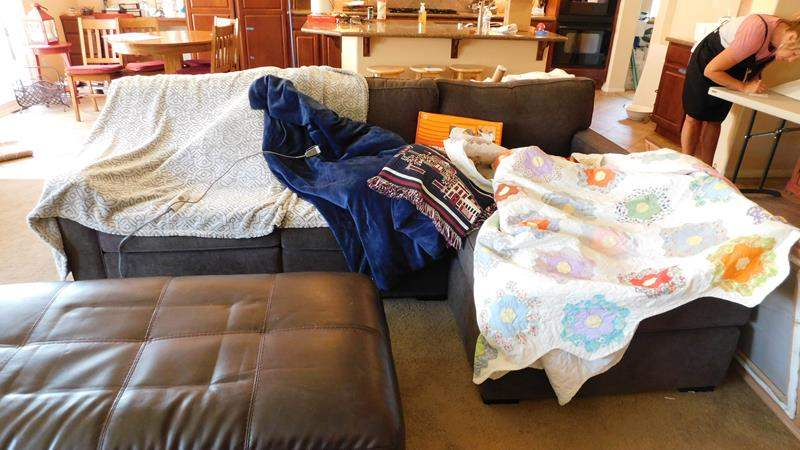 Lot # 63-Blankets, 2 heating blankets, 1 red, white and blue woven, 1 quilt (main image)