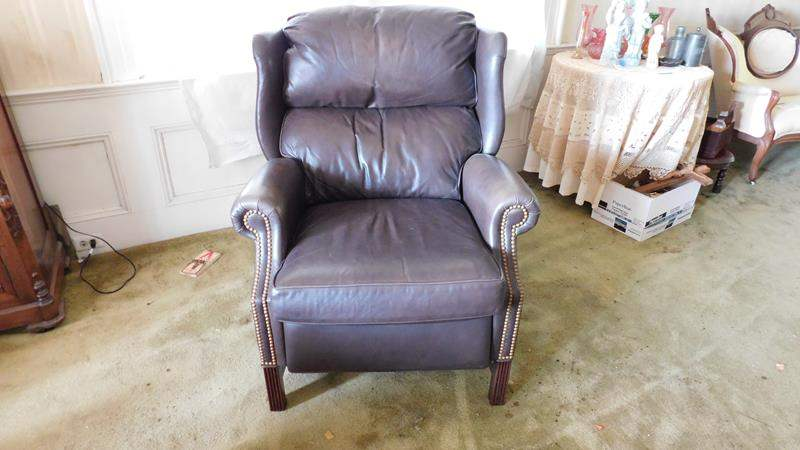 Lot # 30- Brown Leather Recliner chair (main image)