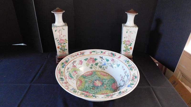 Lot # 37- Large Oriental Late Ching Famille Rose & Basin & ceramic art (main image)