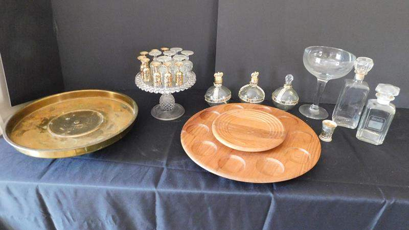 Lot # 72- Fancy glasses with gold serving set (main image)
