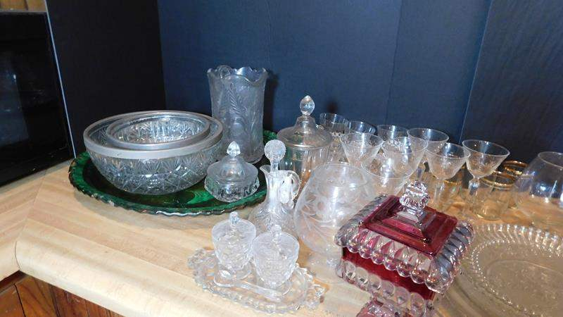 Lot # 79- Crystal and glass serving ware (main image)
