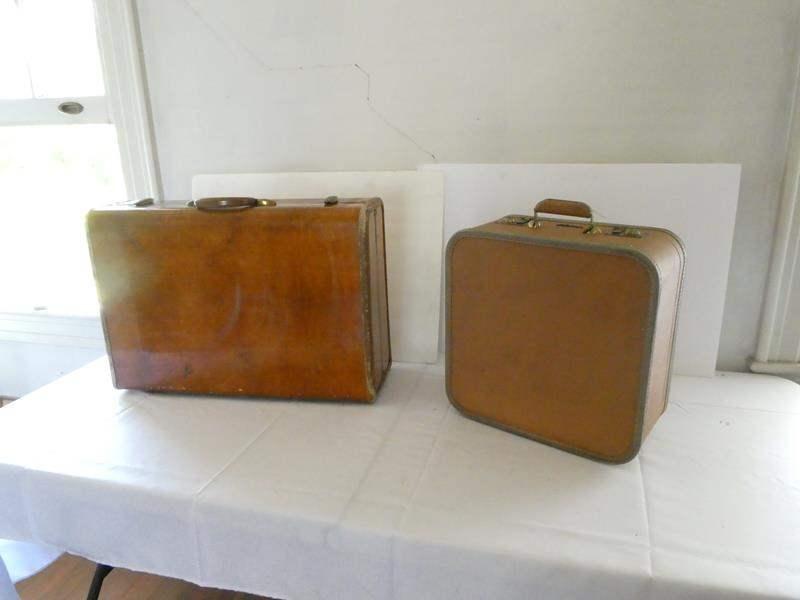 Lot # 142- Vintage Samsonite & Lady Baltimore luggage (main image)
