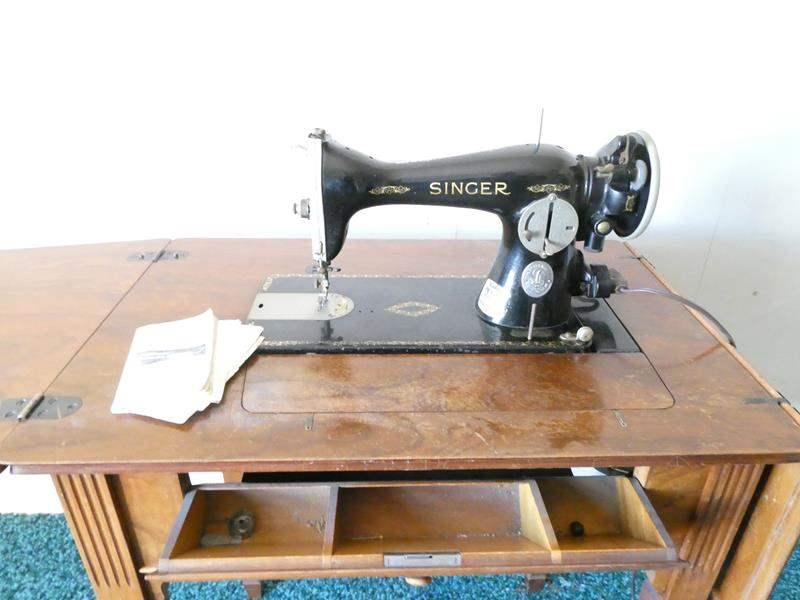 "Lot # 172- Antique ""Singer"" sewing machine (main image)"