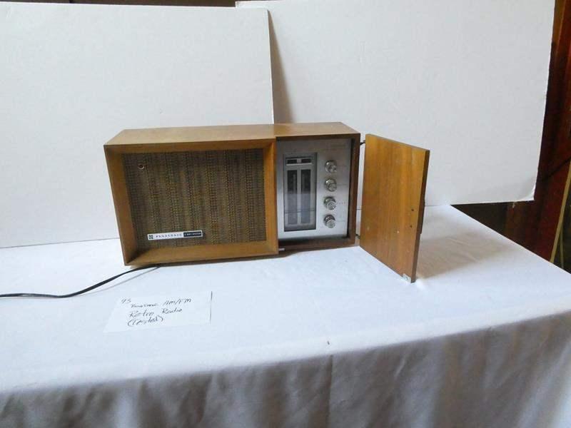 "Lot # 93- Panasonic AM/FM ""Retro"" Radio (tested) (main image)"